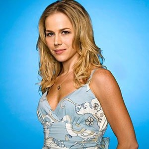 Julie Benz as Rita Bennett - Photo: Jill Greenberg - Photo ID: dexter_gal2_jb_0064