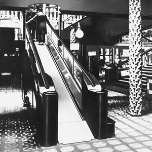 Harrods store moving staircase