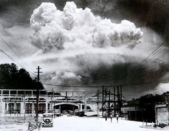 01. Atomic Bomb Detonates
