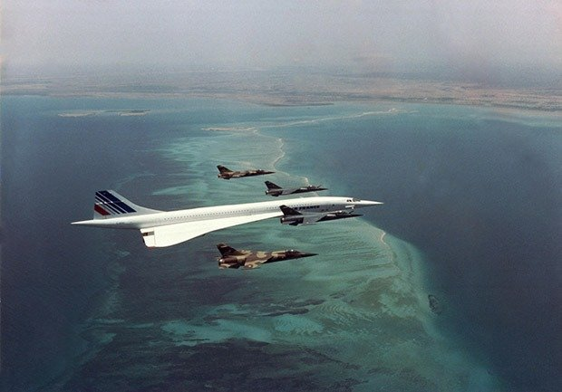 05. Concorde flying over Djibouti