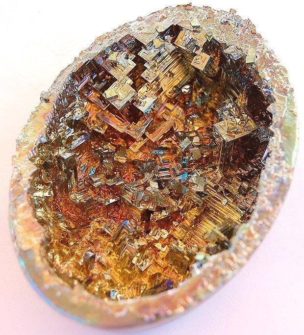 Bismuth  8