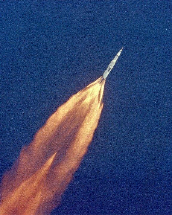 02. Apollo 11