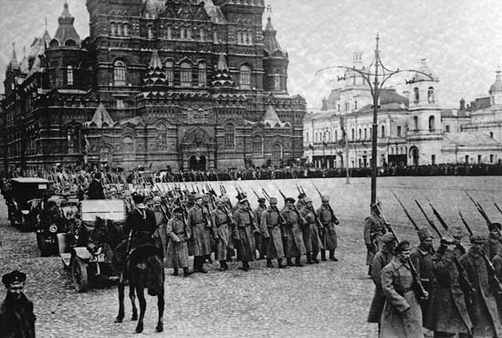 03. Moscow, 1917 - Red October