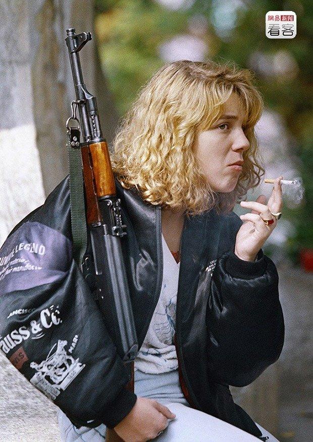 05. A Bosnian girl