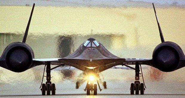 SR-71 Blackbird 6