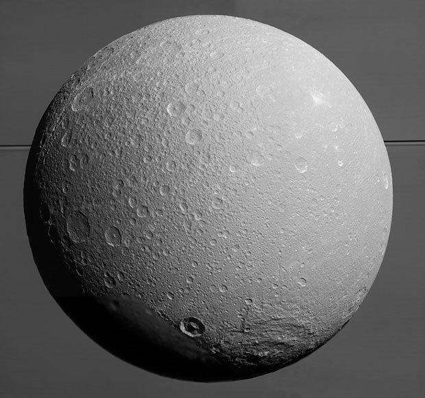 15. Dione