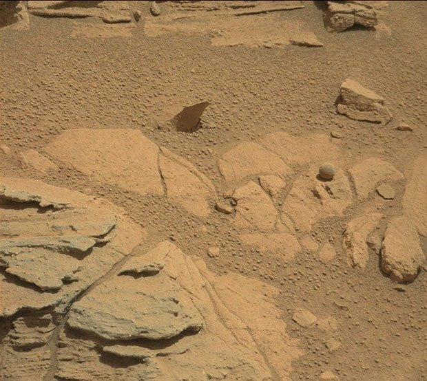 25. Ball on Mars