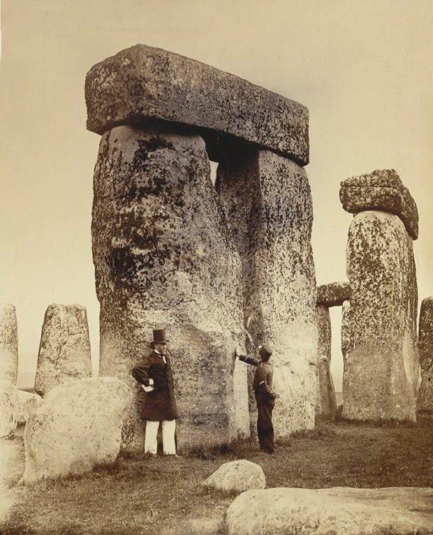 02. Stonehenge