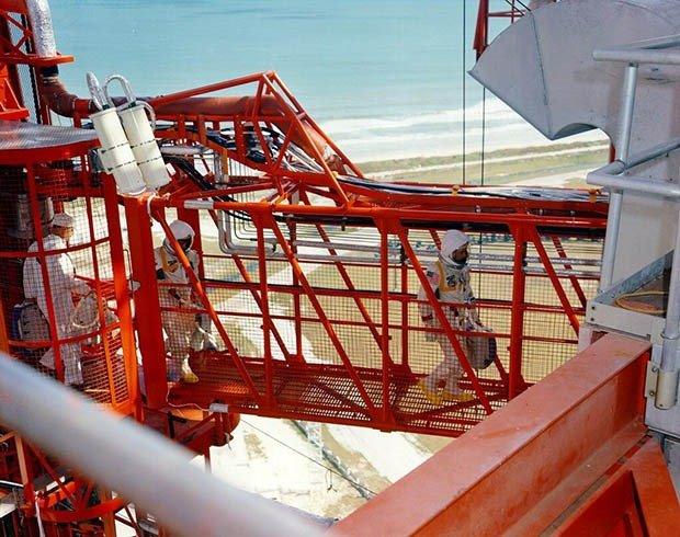 04. Apollo 1