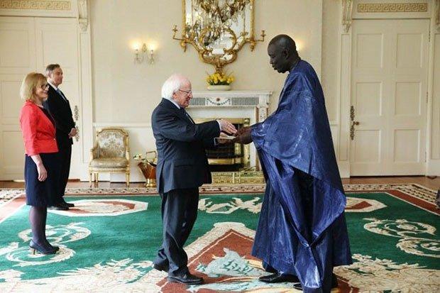 07. President Meets Ambassador
