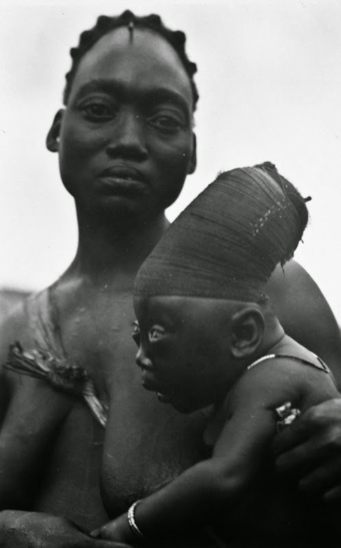 02. Mangbetu people, 1930