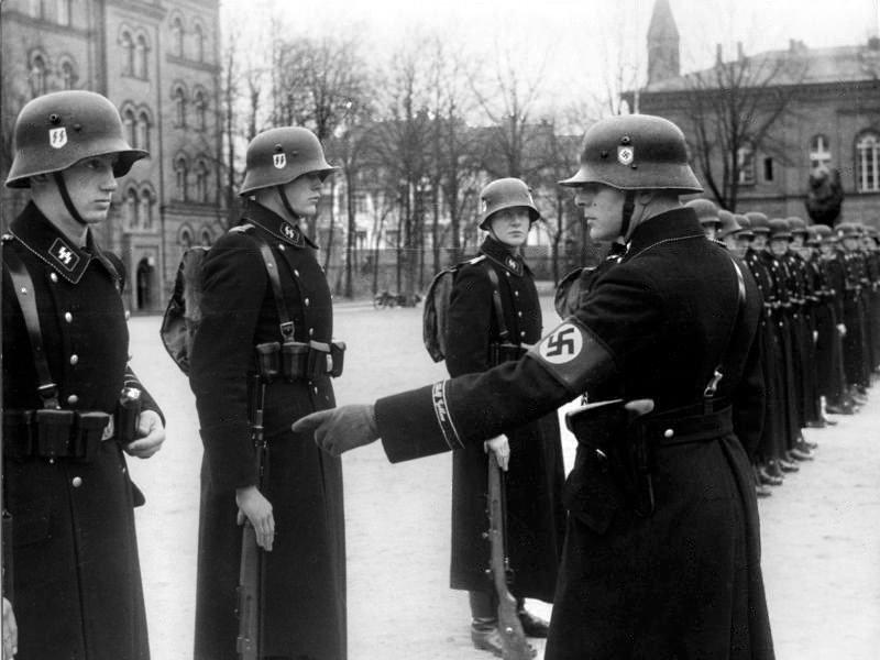 11. Hitler's Bodyguards