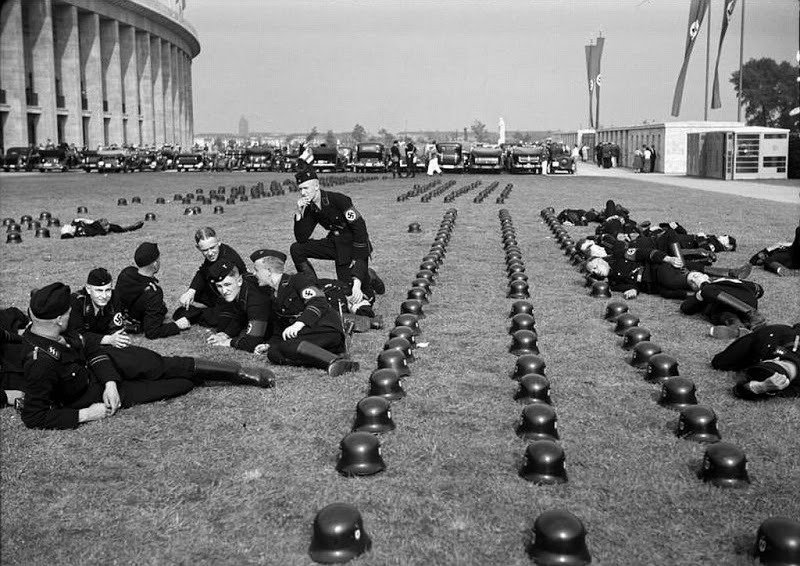 15. Troops Relaxing