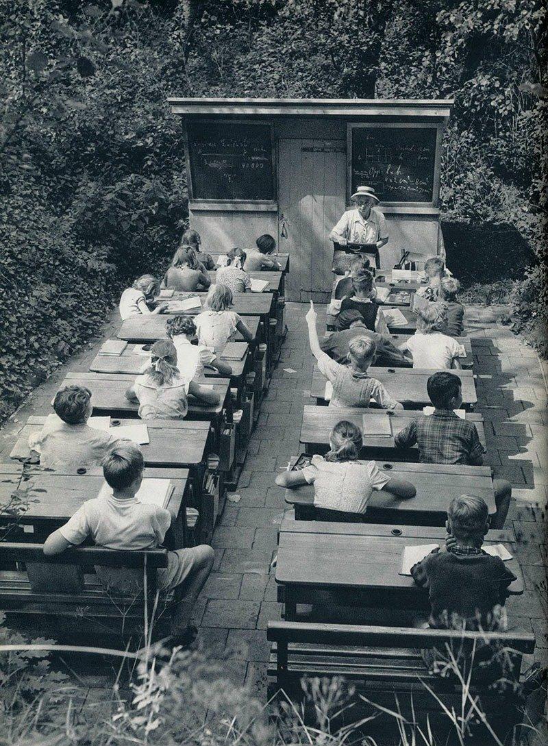 01. Open-air School