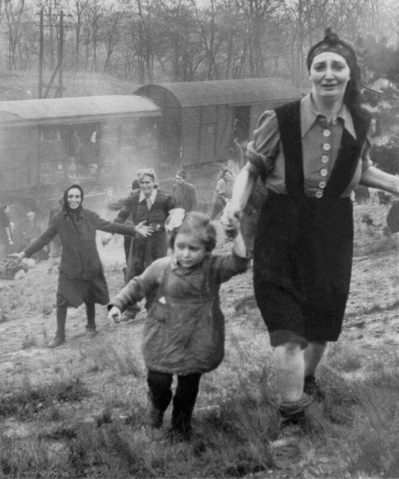 18. Jewish refugees