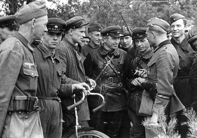06. Soldiers Talking
