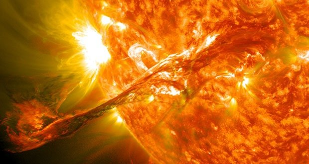 """On August 31, 2012 a long filament of solar material that had been hovering in the sun's atmosphere, the corona, erupted out into space at 4:36 p.m. EDT. The coronal mass ejection, or CME, traveled at over 900 miles per second. The CME did not travel directly toward Earth, but did connect with Earth's magnetic environment, or magnetosphere, causing aurora to appear on the night of Monday, September 3. Picuted here is a lighten blended version of the 304 and 171 angstrom wavelengths. Cropped Credit: NASA/GSFC/SDO <b><a href=""""http://www.nasa.gov/audience/formedia/features/MP_Photo_Guidelines.html""""rel=""""nofollow"""">NASA image use policy.</a></b> <b><a href=""""http://www.nasa.gov/centers/goddard/home/index.html"""" rel=""""nofollow"""">NASA Goddard Space Flight Center</a></b> enables NASA's mission through four scientific endeavors: Earth Science, Heliophysics, Solar System Exploration, and Astrophysics. Goddard plays a leading role in NASA's accomplishments by contributing compelling scientific knowledge to advance the Agency's mission. <b>Follow us on <a href=""""http://twitter.com/NASA_GoddardPix"""" rel=""""nofollow"""">Twitter</a></b> <b>Like us on <a href=""""http://www.facebook.com/pages/Greenbelt-MD/NASA-Goddard/395013845897?ref=tsd"""" rel=""""nofollow"""">Facebook</a></b> <b>Find us on <a href=""""http://instagrid.me/nasagoddard/?vm=grid"""" rel=""""nofollow"""">Instagram</a></b>"""