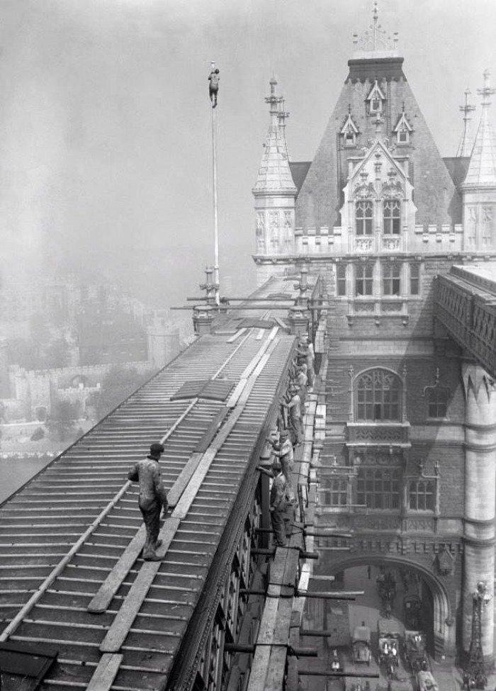 07. Tower Bridge