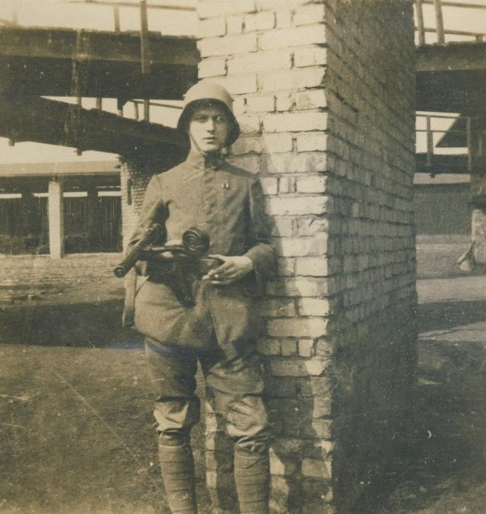 10. German soldier