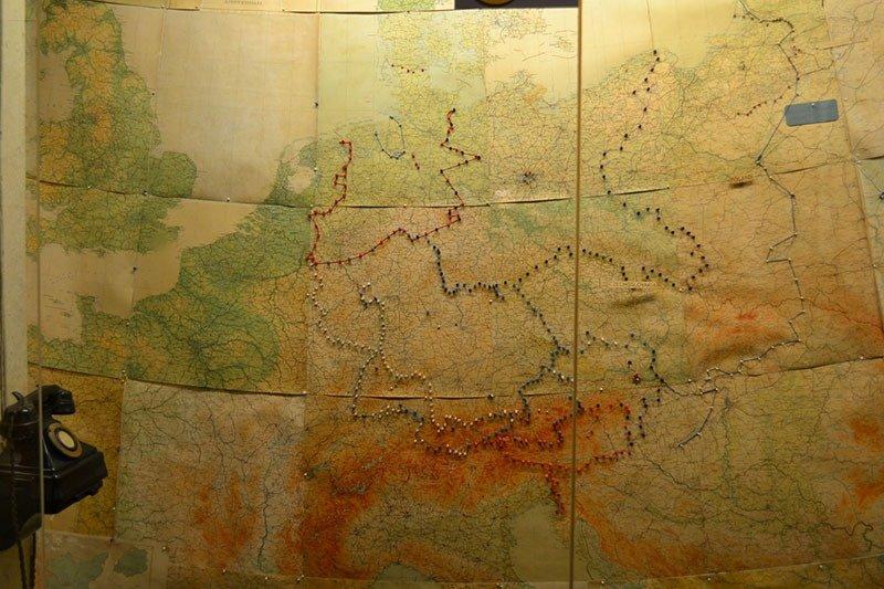 02. Winston Churchill's Maps Small