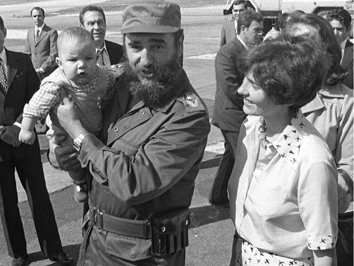 fidel-castro-and-michel-trudeau
