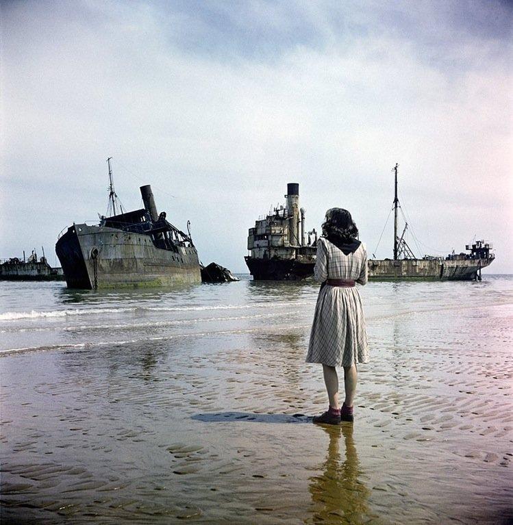 ruined ships