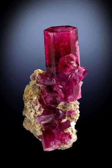 red-beryl-crystal
