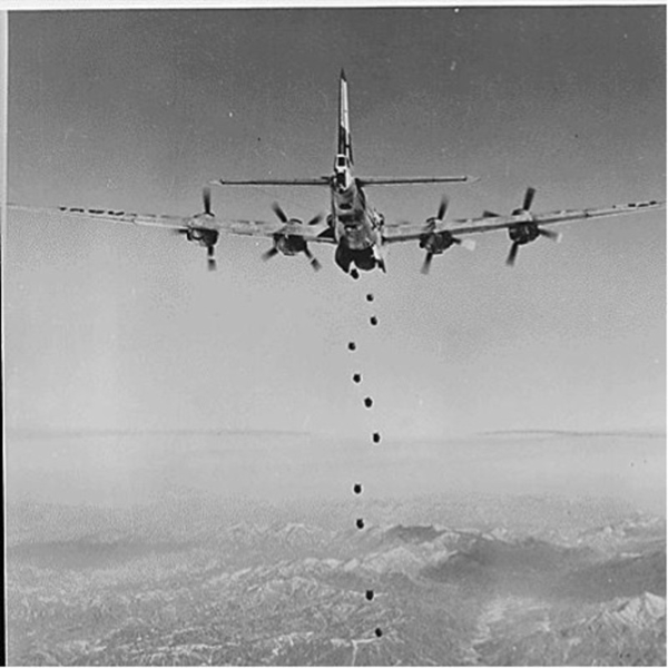 american-planes-dropping-bombs