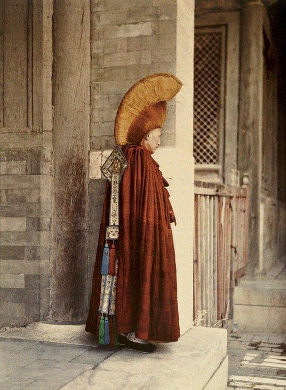 autochrome-of-buddhist-lama