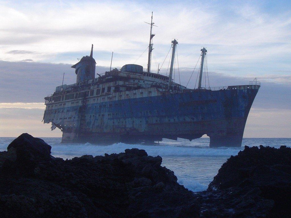 in-1993-this-ocean-liner