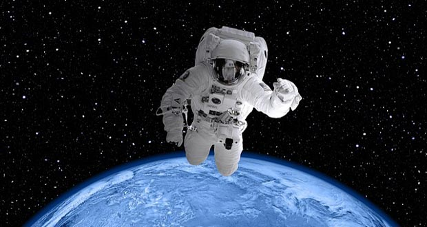 astronaut dying in space - photo #15