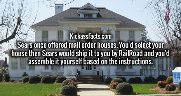 Sears once offered mail order houses. You'd select your house then Sears would ship it to you by RailRoad and you'd assemble it yourself based on the instructions.
